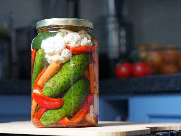 Turkish pickles tursu